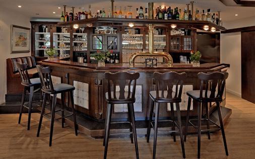 Landhotel Bauernstuben - Neuharlingersiel - Bar