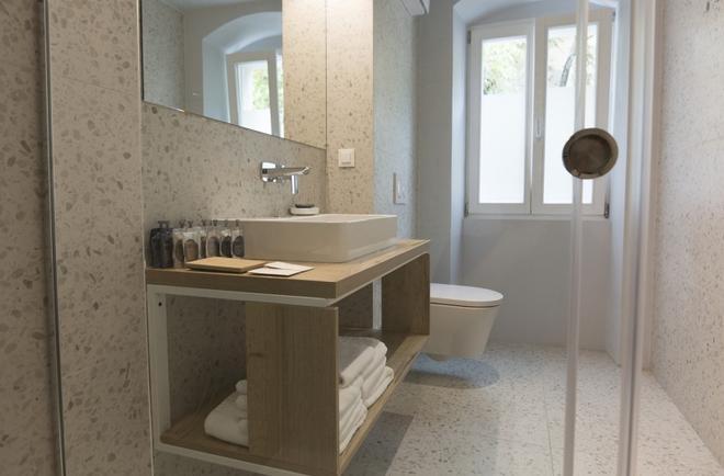 Divota Apartment Hotel - Split - Bathroom