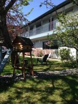 Lakeshore Inn & Suites - Anchorage - Rakennus