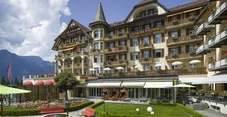 Arenas Resort Victoria-Lauberhorn - Лаутербруннен - Здание