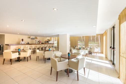 Salgados Palm Village Apartments & Suites - Albufeira - Bar
