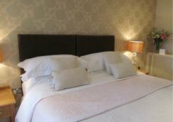 Detmore House - Cheltenham - Bedroom