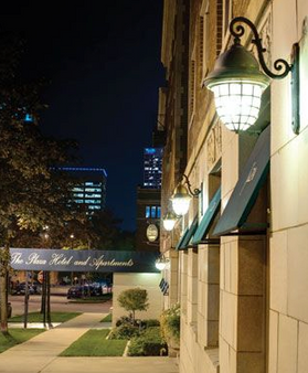 The Plaza Hotel - Milwaukee - Outdoors view