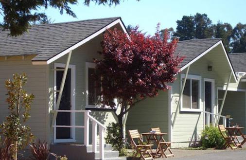 Shoreline Cottages - Fort Bragg - Κτίριο