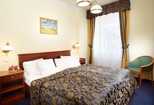 Orea Hotel Anglicky Dvur - Μαριάνσκε Λαζνέ - Κρεβατοκάμαρα