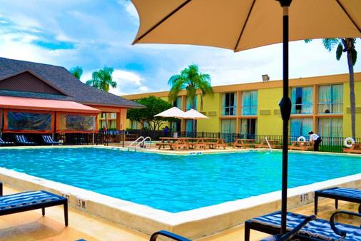 Floridian Express International Drive - Orlando - Piscina