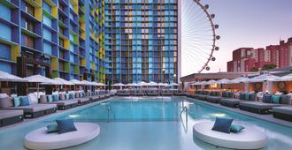 The LINQ Hotel & Casino - Las Vegas - Building