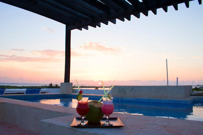 Chac Chi Hotel And Suites - Isla Mujeres - Ρουφ