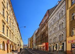 Residence Tabor - Prague - Building