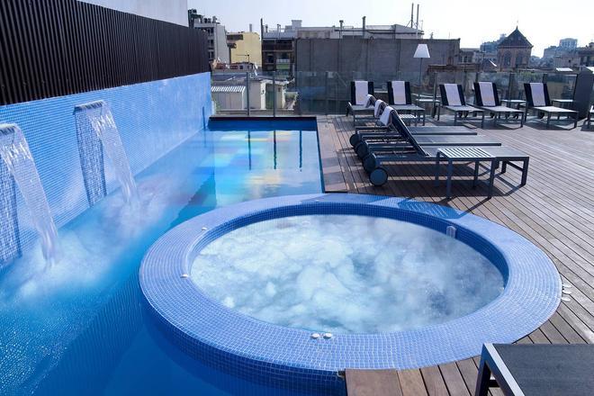 Axel Hotel Barcelona & Urban Spa - Adults Only - Barcelona - Pool