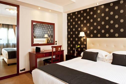 阿瓦套房公寓酒店 - 雅典 - 臥室