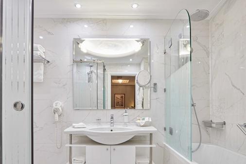 阿瓦套房公寓酒店 - 雅典 - 浴室