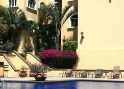 Apartotel & Suites Villas del Rio - San José - Building
