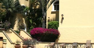 Apartotel & Suites Villas del Rio - סן חוזה