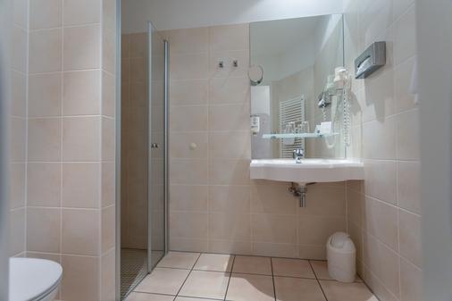 Albrechtshof - Berlin - Bathroom