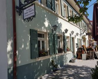 Hotel Restaurant Zum Stern - Walldorf - Building