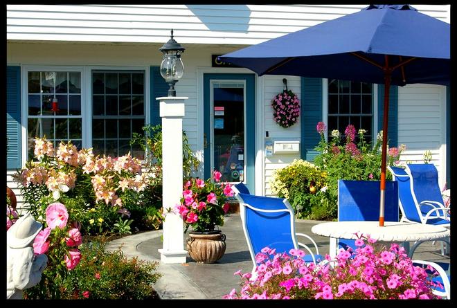 Ne'r Beach Motel - Wells - Patio