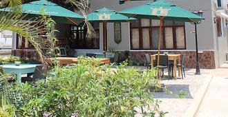 Sommerschield Guest House & Restaurant - Maputo