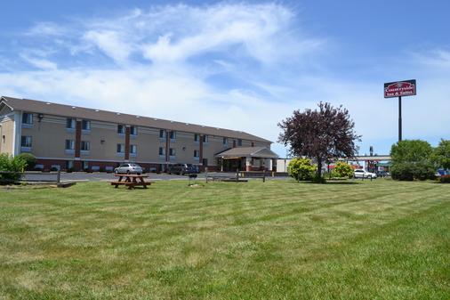 Countryside Inn & Suites - Council Bluffs - Rakennus