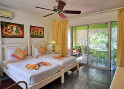 Hibiscus Lodge Hotel - Ocho Rios - Soverom