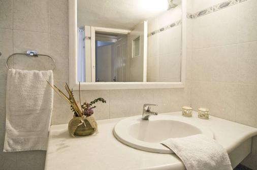 伊利亞斯別墅 - 聖托里尼 - 菲羅斯特法尼 - 浴室
