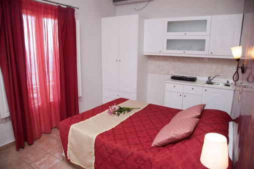 伊利亞斯別墅 - 聖托里尼 - 菲羅斯特法尼 - 臥室
