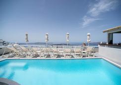 伊利亞斯別墅 - 聖托里尼 - 菲羅斯特法尼 - 游泳池