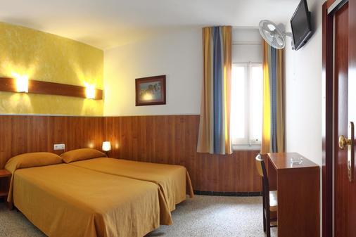 Pensión El Amigo - Resort Lloret de Mar - Phòng ngủ
