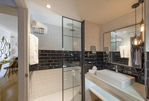 Alua Calvia Dreams - Magaluf - Bathroom