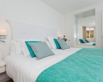 FERGUS Style Cala Blanca Suites - Santa Ponça - Habitación