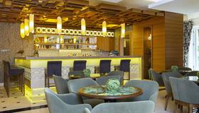 Royal Asarlik Beach Hotel - Bodrum - Bar