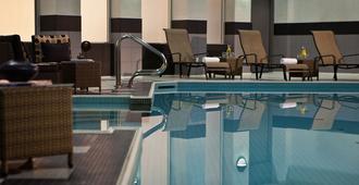 多倫多市中心萬麗酒店 - 多倫多 - 多倫多 - 游泳池