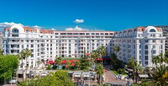 Hôtel Barrière Le Majestic Cannes - Κάννες - Κτίριο