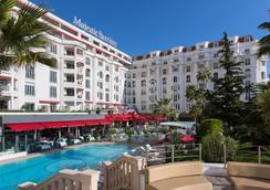 Hôtel Barrière Le Majestic Cannes - Cannes - Uima-allas
