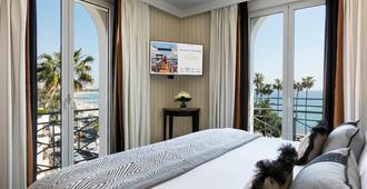 Hôtel Barrière Le Majestic Cannes - Cannes - Bedroom