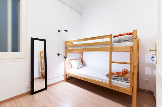 Wow Hostel Barcelona - Barcelona - Makuuhuone