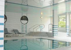 Hôtel Bristol - Montreux - Pool