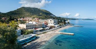 Bella Vista Beach Hotel and Studios - Benitses - Outdoors view