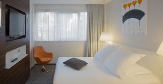 베스트 웨스턴 플러스 호텔 리트레르 알렉산드레 비알라트 - 클레르몽페랑 - 침실