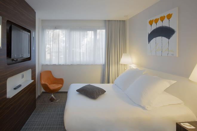 Best Western Plus Hotel Litteraire Alexandre Vialatte - Clermont-Ferrand - Camera da letto