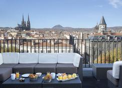 Best Western Plus Hotel Litteraire Alexandre Vialatte - Clermont-Ferrand - Patio
