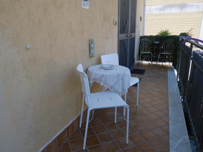 Guesthouse Pompei Il Fauno - Pompei - Balcony