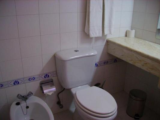 Apartamentos Presidente - Portimão - Bathroom
