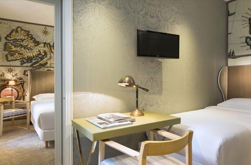 Hotel Du Continent - Pariisi - Olohuone