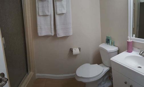 Pacific Crest Hotel Santa Barbara - Santa Barbara - Bathroom