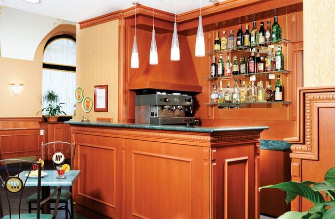 Hotel Patria - Rooma - Baari