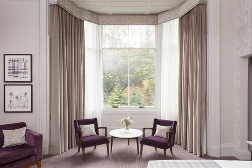 Crowne Plaza Edinburgh - Royal Terrace - Edinburgh - Living room
