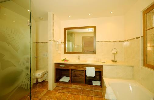 帕艾姆斯特奧雷酒店 - 邁爾霍芬 - 邁爾霍芬 - 浴室