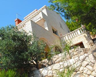 Villa Ratac - Slano - Building
