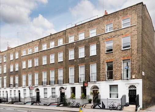 St Athans Hotel - London - Building